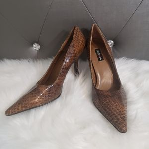Style & Co. Snake texture leather heels